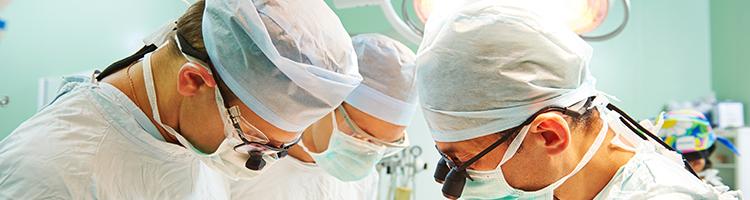 doctors doing Surgery image